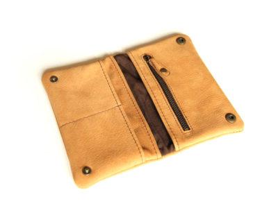 Innenansicht Tabaktasche aus Leder